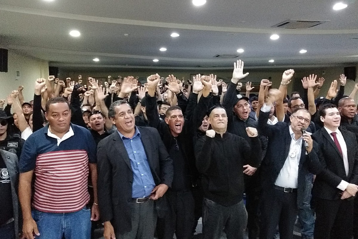 Agentes penitenciários efetivos do Pará em assembleia de fundação do primeiro sindicato da categoria.