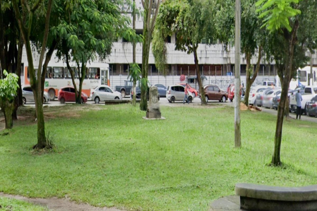Bordalo solicita restauro da Praça do Escoteiro em Belém